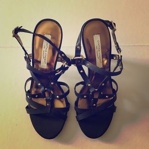 👠 CYNTHIA VINCENT black strappy sandals NEW